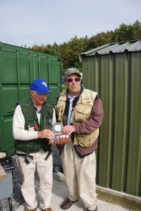 Overall winner Dave Tantrum collecting the Dick Doyle trophy.